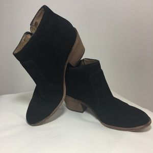 Madewell black suede ankle boots
